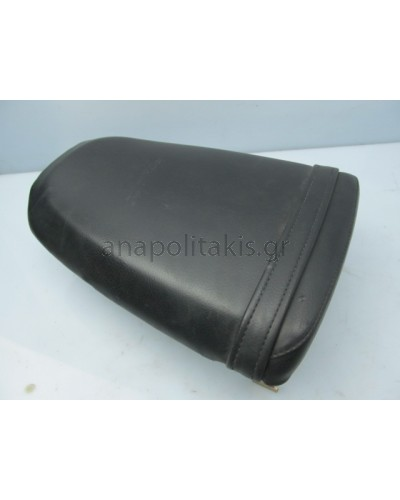 TRIUMPH SPEED TRIPLE 955i REAR SEAT