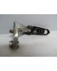 XRV750 FRONT FOOT BRACKET
